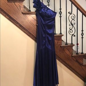 Dresses & Skirts - Purple satin stretch gown